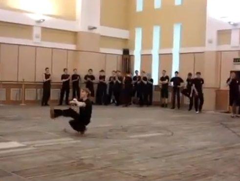 ダンサー コサックダンス 究極に関連した画像-04