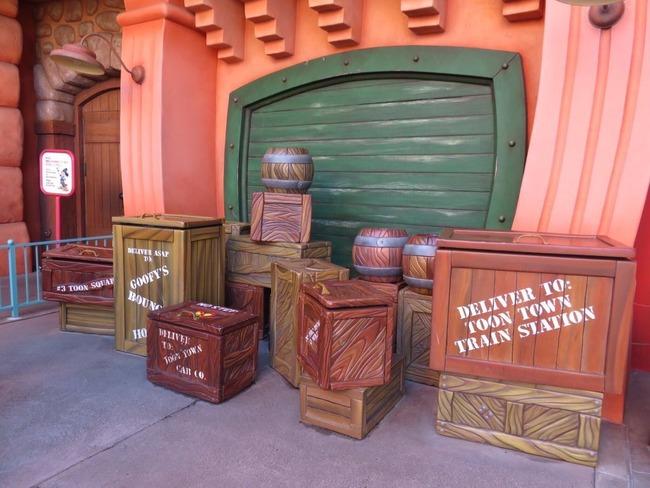 インスタ映え ディズニー 木箱 トゥーンタウンに関連した画像-02