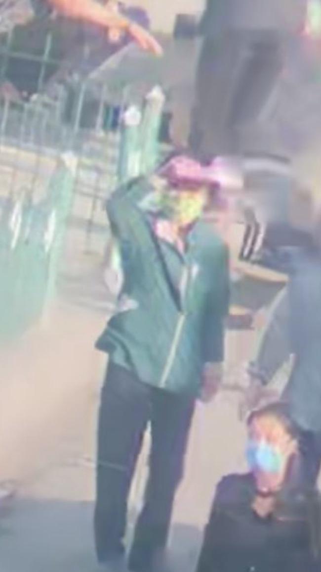 wechat 北朝鮮 隠望遠レンズ 隠し撮り ライブ配信に関連した画像-04
