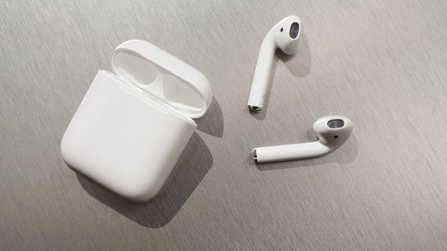 Apple ワイヤレスイヤホン AirPods 耳うどん 爆発に関連した画像-01