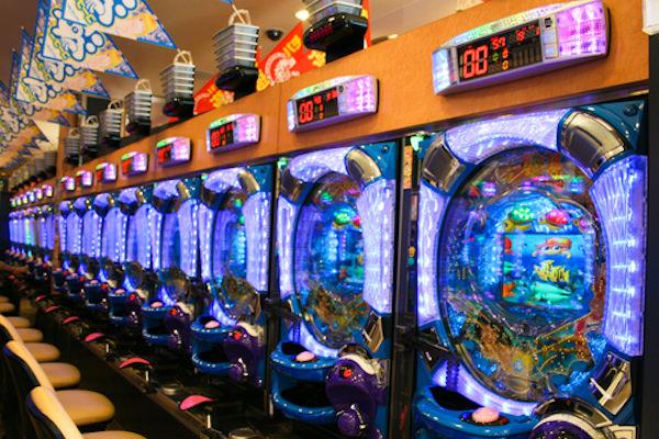 ギャンブル Appストア 削除 パチンコ 麻雀に関連した画像-01