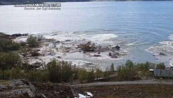 ノルウェー 地すべり 衝撃に関連した画像-05