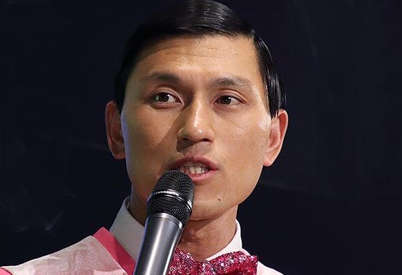 【速報】オードリー・春日さん、生放送でプロポーズ成功!結婚へ!!!