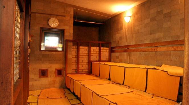 留学生 更衣室 スウェーデン サウナ 混浴 人権意識に関連した画像-01