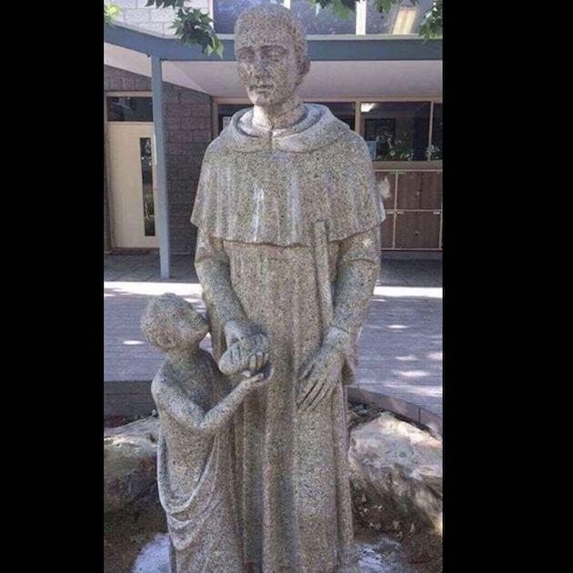 聖人 銅像 カトリック 学校 卑猥に関連した画像-03