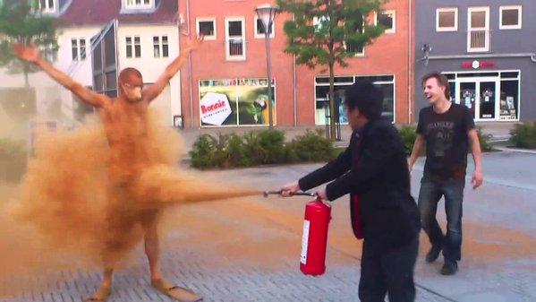 独身 シナモン 風習 デンマークに関連した画像-05