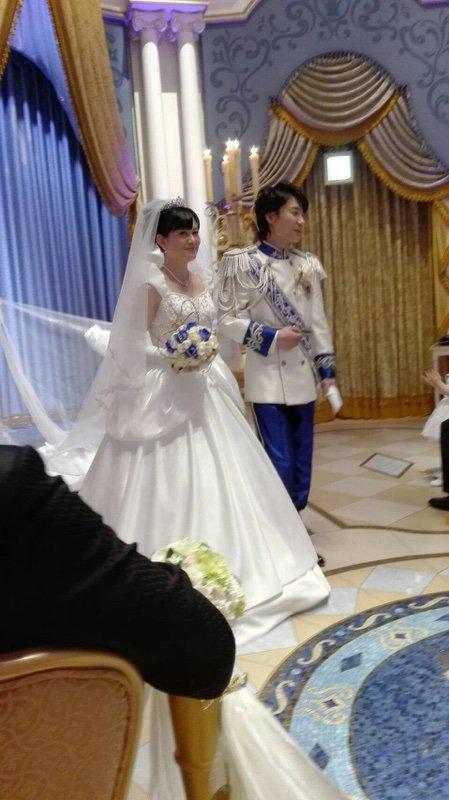 西又葵 結婚式 ディズニーランド シンデレラ城 イラストレーター 三宅淳一に関連した画像-29