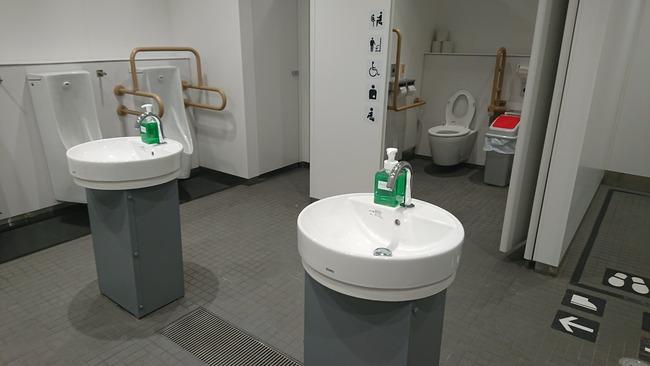 新国立競技場 トイレ 個室 会場 カームルームに関連した画像-02