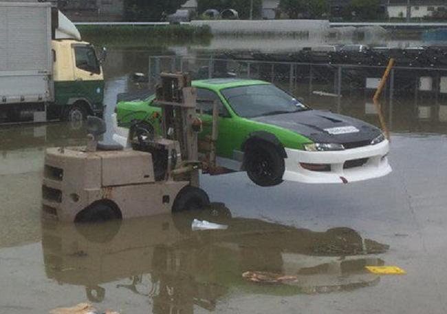 大雨車浸水回避に関連した画像-03