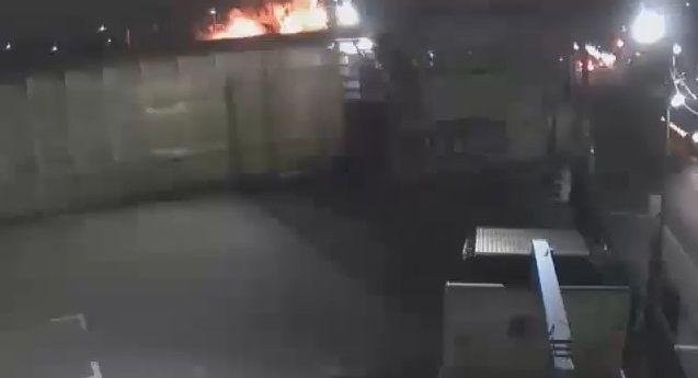 大阪 スプレー缶 爆発に関連した画像-01