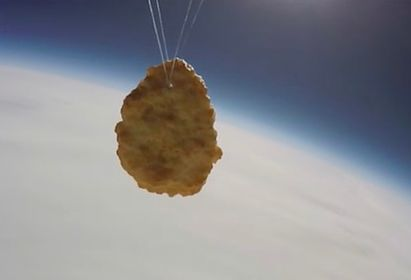 チキンナゲット 宇宙 打ち上げに関連した画像-01
