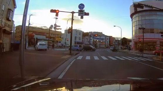 プリウス 今日のプリウス 動画 交通違反に関連した画像-09