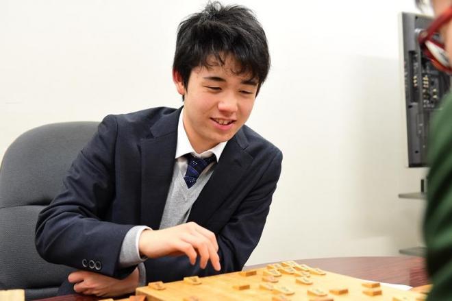 将棋 七段 藤井聡太 最年少 昇段に関連した画像-01