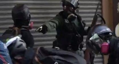 香港デモ 香港警察 実弾 発砲に関連した画像-01