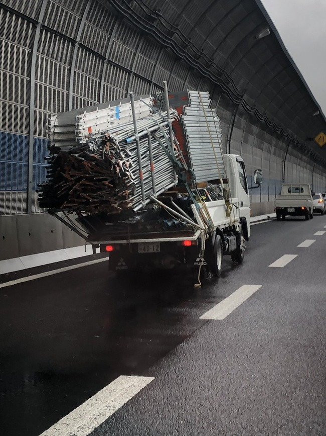 トラック 過積載に関連した画像-04