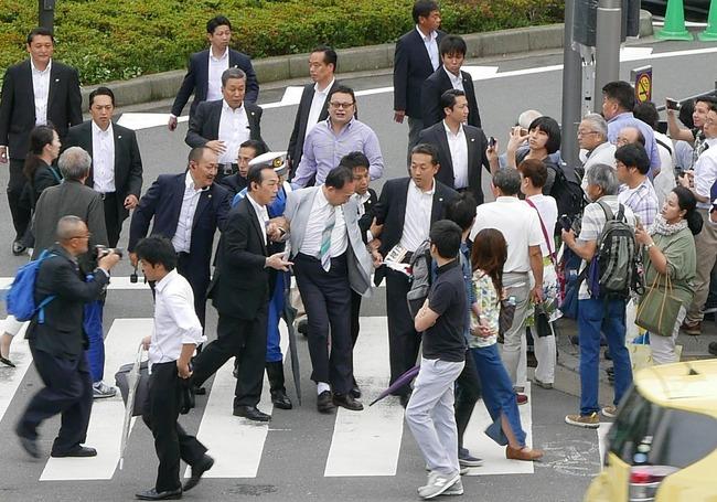 安倍首相演説 籠池泰典 連行に関連した画像-04