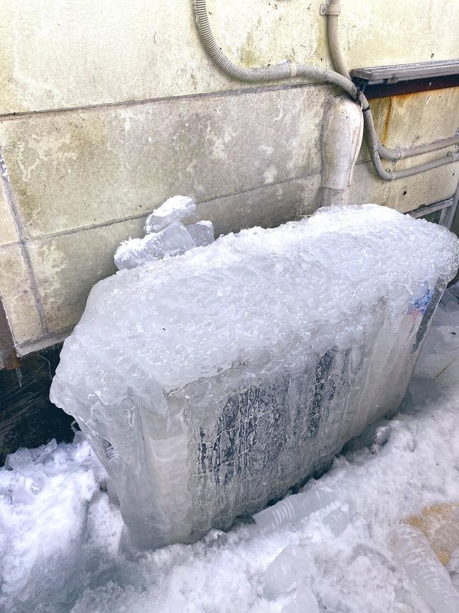 室外機 氷 凍結 暖房 故障 大雪 栃木に関連した画像-02