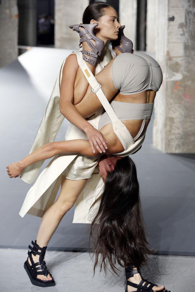 パリコレ ファッションに関連した画像-06