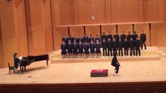 合唱コンクール 捻挫 指揮者に関連した画像-04