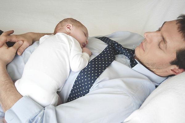 父親 赤ちゃん 授乳室 ベビー休憩室に関連した画像-01