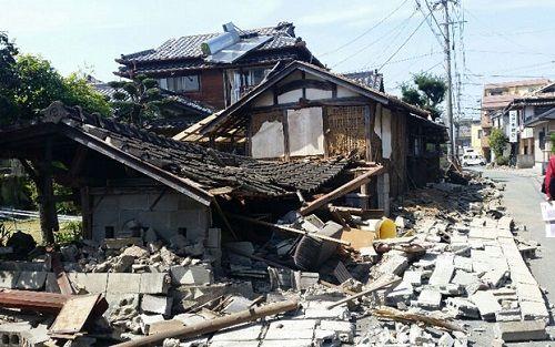 熊本地震に関連した画像-01