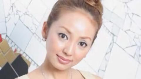 神田うの 顔 別人 整形に関連した画像-01