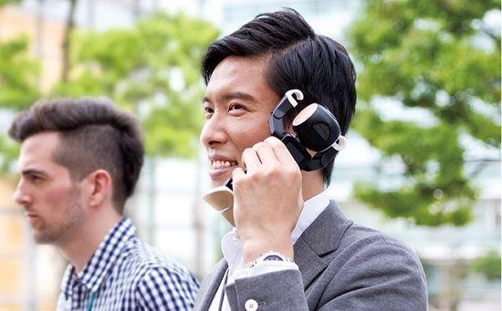 シャープ ロボット ロボホン 二足歩行 携帯電話 スマートフォン プロジェクター ダンス 音声認識 新製品に関連した画像-01