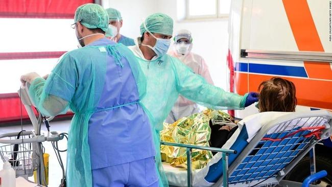 【絶望】死者1万人突破のイタリアで医師が50人死亡、感染者の10%以上が医療従事者、治す人間まで死んでいく地獄、あなたはこれでもまだ外出を続けますか?