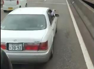 乗用車 危険運転 おっさんに関連した画像-01