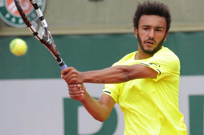 テニス選手 キス 全仏オープン出入り禁止に関連した画像-01