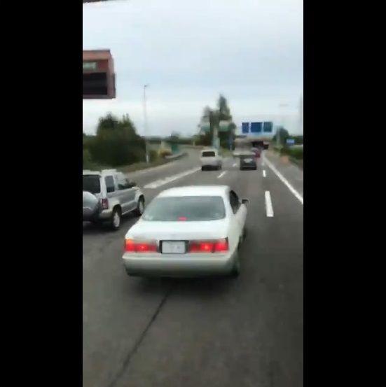 乗用車 危険運転 おっさんに関連した画像-03