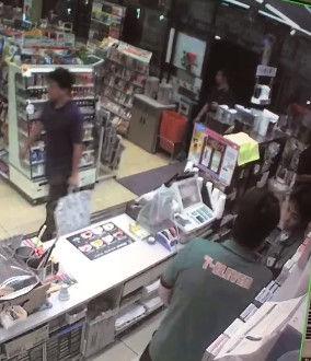 コンビニ アルバイト 暴行 動画 内部告発に関連した画像-05