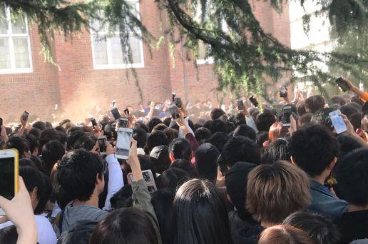 立教大学 学園祭に 橋本環奈 カオス 警察 救急車に関連した画像-01