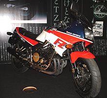 220px-Yamaha_FZ750