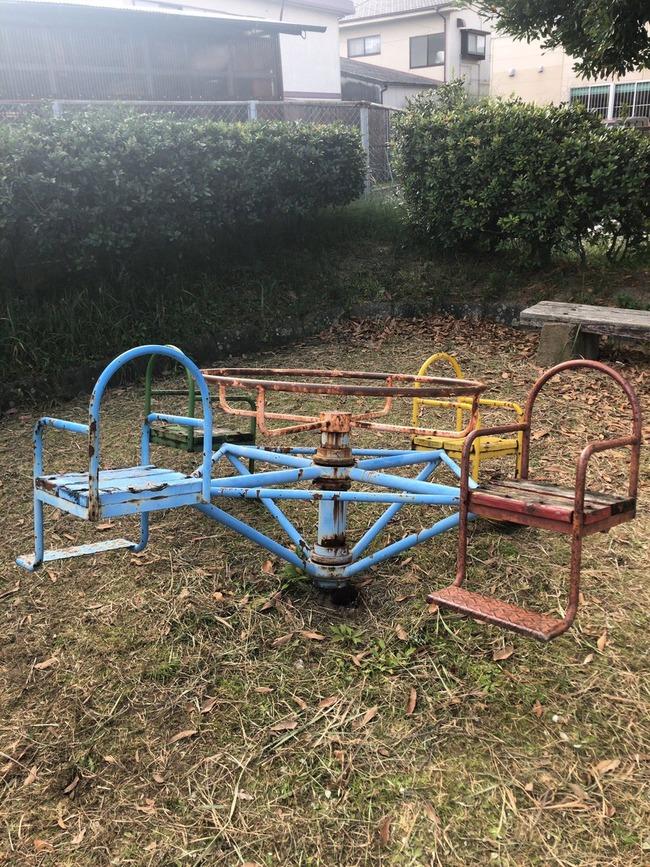 ゾンビランドサガ 聖地 遊具 破壊に関連した画像-04
