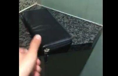 パチ屋 トイレ 財布 聖人に関連した画像-01