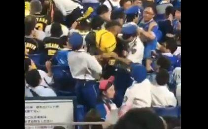 阪神タイガース ベイスターズ ファン 喧嘩 子供 投げる 虐待に関連した画像-05