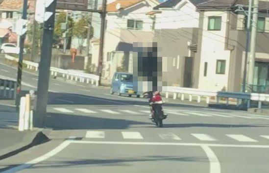 バイク 乗り方 立ち乗りに関連した画像-01