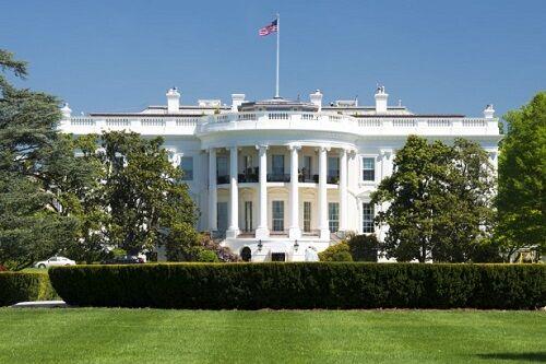 ホワイトハウス新型コロナ集団感染に関連した画像-01