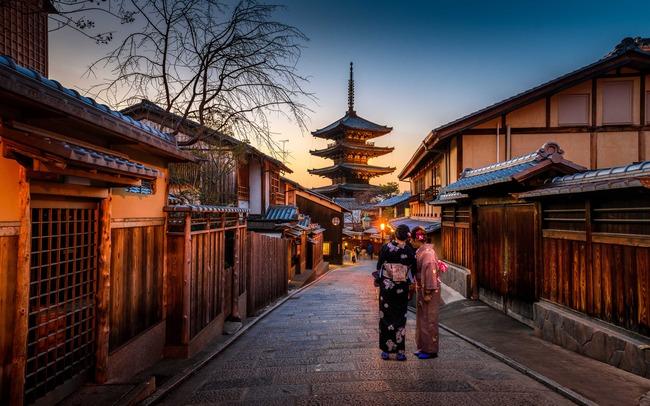 日本人 京都離れ 訪日客混雑に関連した画像-01