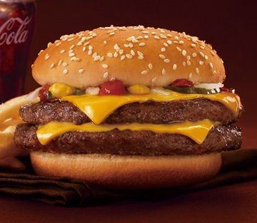 マクドナルド 台湾 ハンバーガー ダブルクォーターパウンダー チーズ 仏教 参拝に関連した画像-01