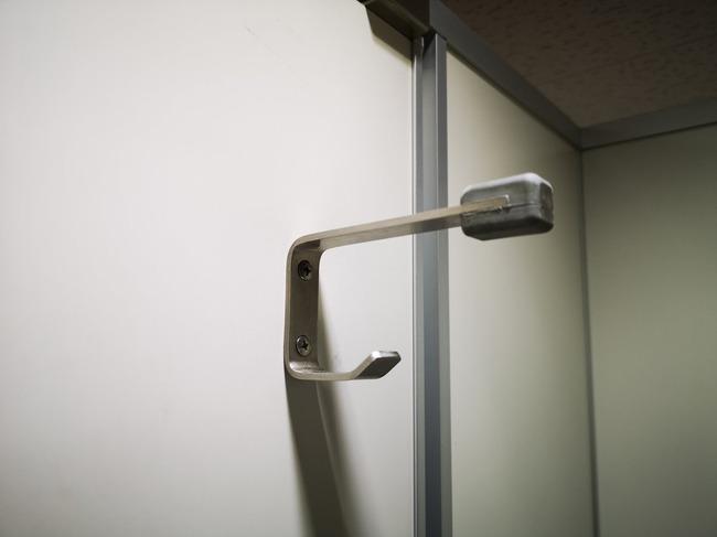 トイレ 二段フック 理由に関連した画像-02
