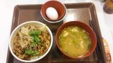 すき家 キノコとアスパラ牛丼豚汁玉子セット