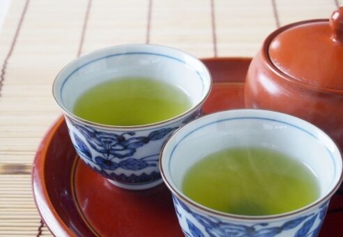 【医科大学】市販のお茶で新型コロナを「無害化」出来るかも!1分で最大99%!