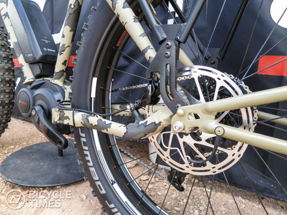 Felt_Outfitter_RearAxle