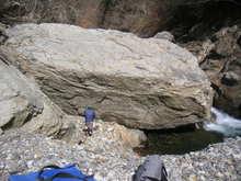 満足岩は健在であります