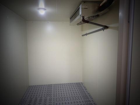 今日は冷蔵庫の設置でした〜^_^;