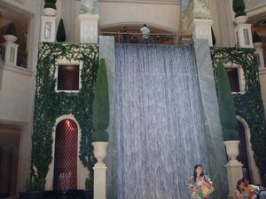 パラッゾホテルの滝