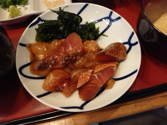 新橋三丁目魚市場 ランチ 鮮魚の漬けとミニ焼き魚定食