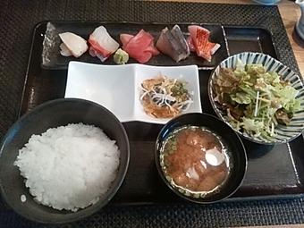 新橋 白金魚 プラチナフィッシュ KAPPO ランチ 刺身定食